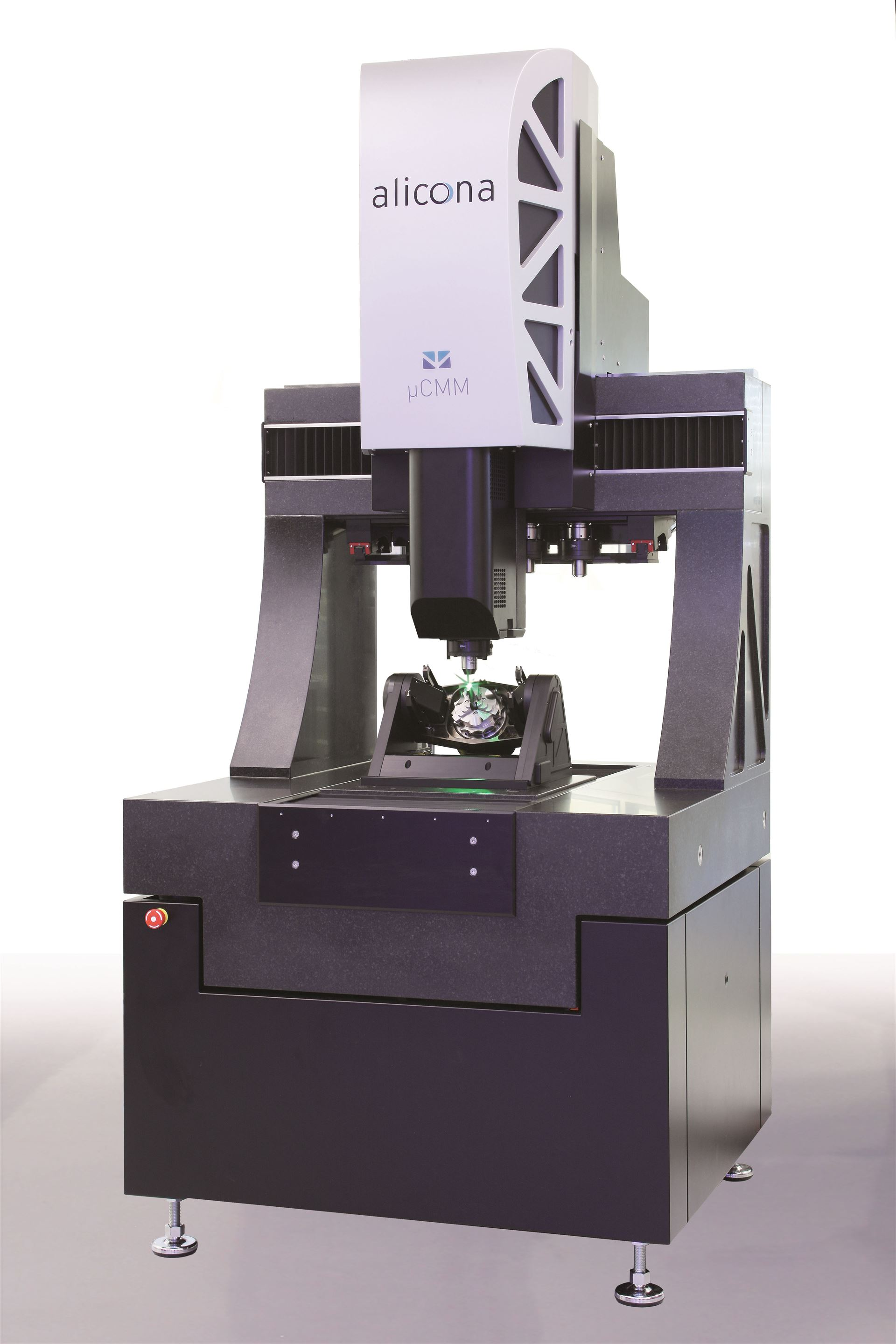 Optical µCMM micro coordinate measuring system for automatic measurement and evaluation of 3D data
