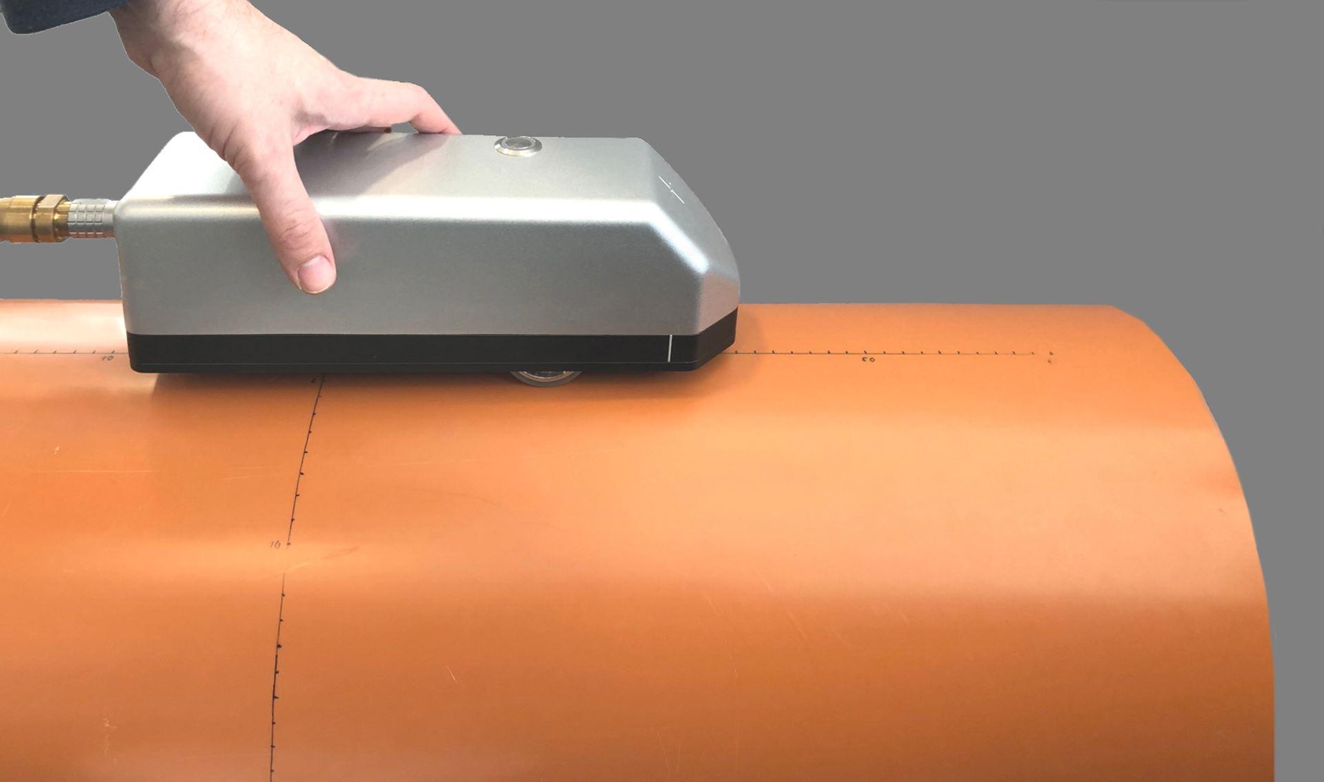 Mobiler Terahertz-Handscanner (Quelle: Fraunhofer ITWM)