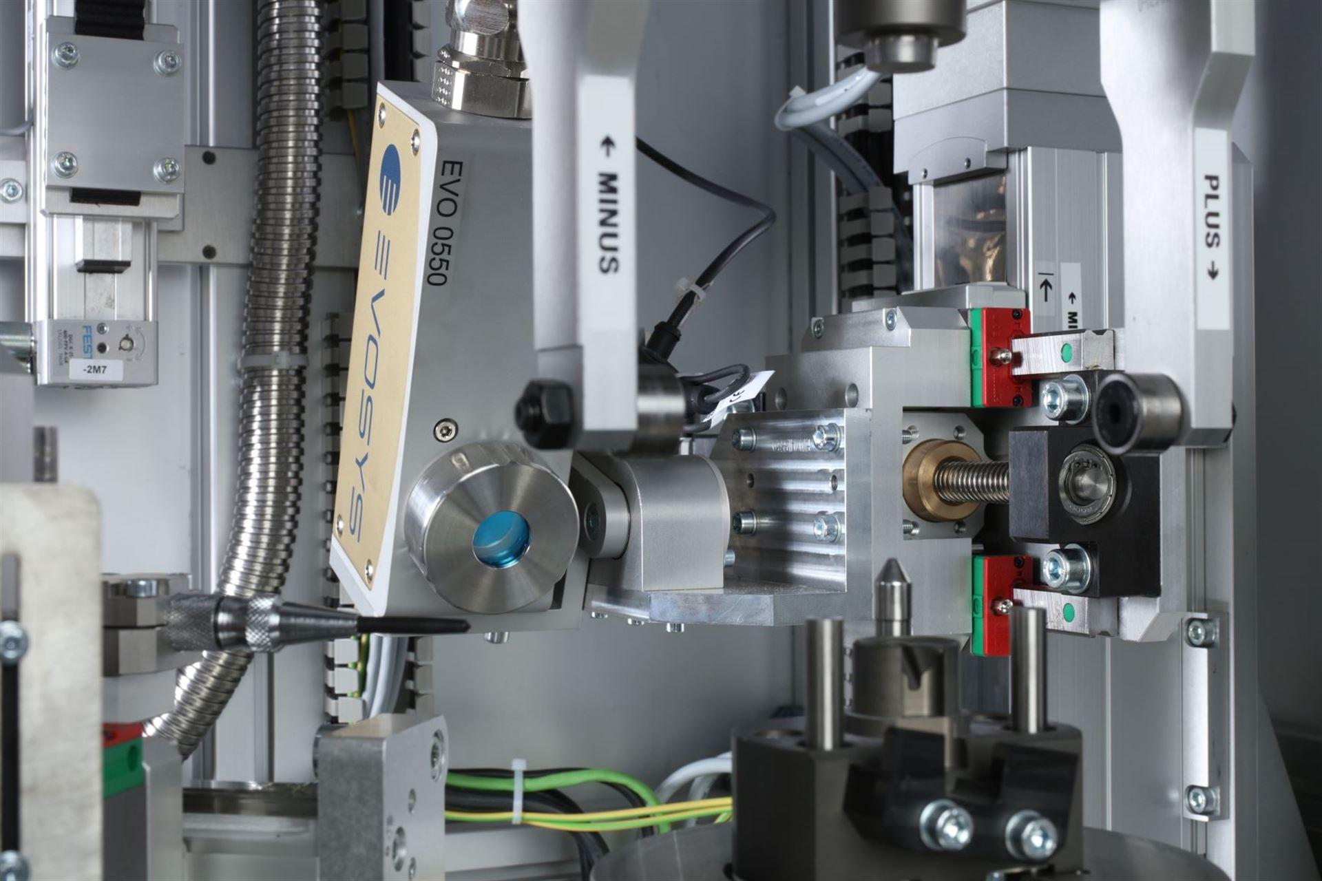 Laser-Kunststoffschweißen mit den neuen EVOSYS Modulen